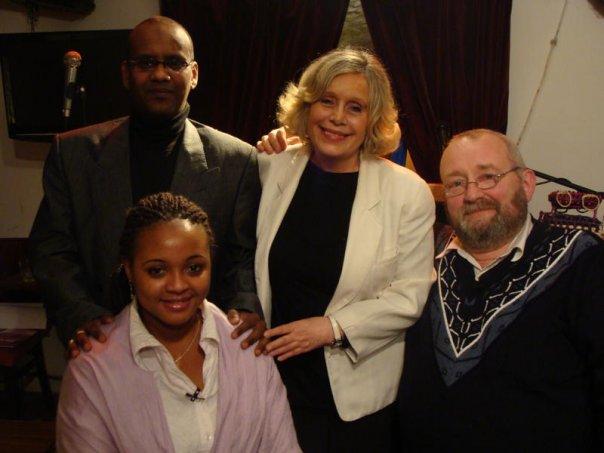 Avec Anne-Marie Engler, Diryatou Bah et Jacques Chevalier à Paris en janvier2010