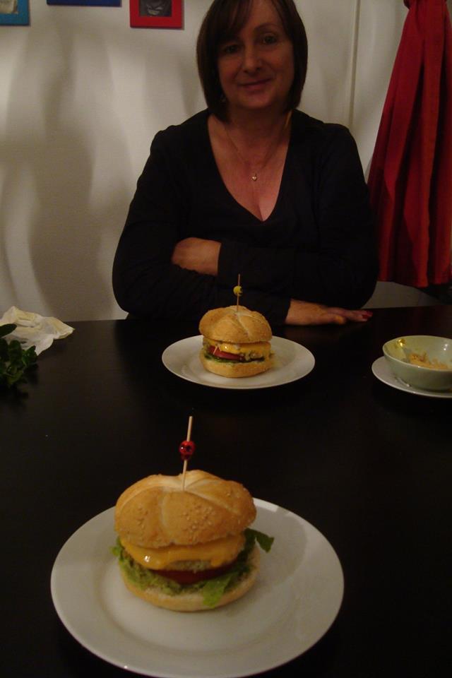 10 octobre 2017 : hamburgers végé préparés par Floriane chez elle.