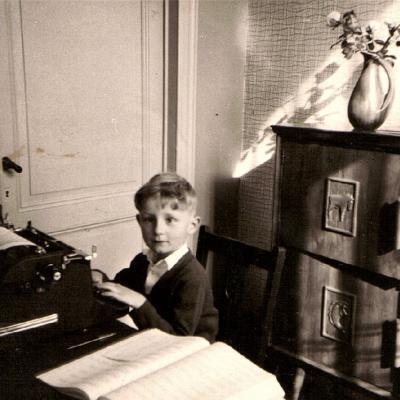 en 1963 dans le bureau de mon père à la maison