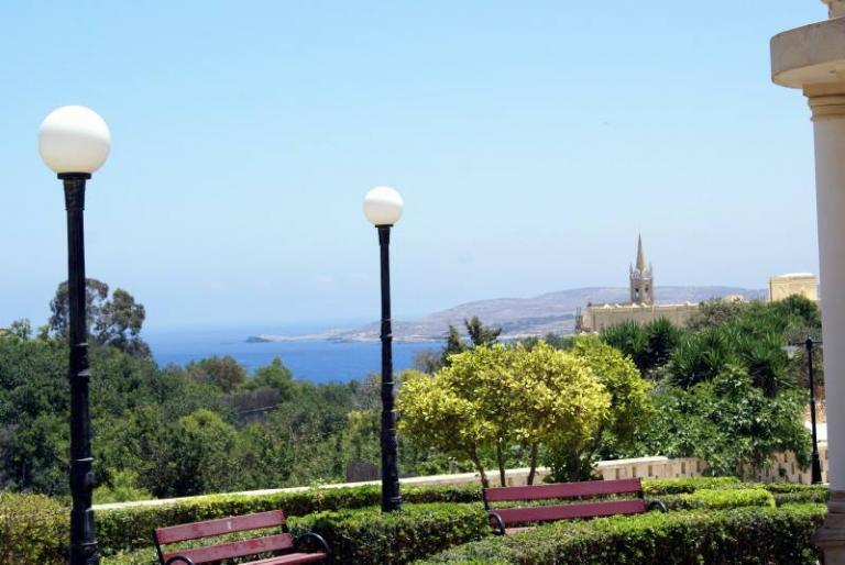Gozo vue jardin Mgarr
