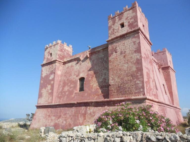 La Red Tower à Malte